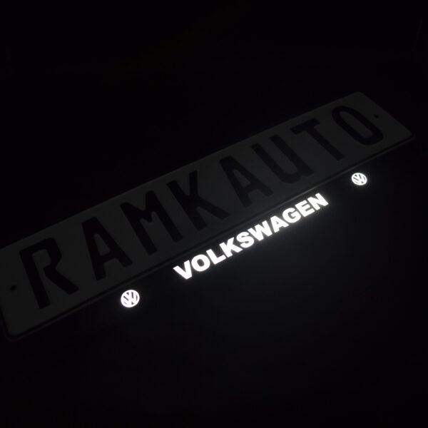Рамка номера volkswagen с подсветкой надписи
